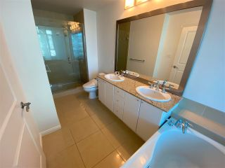 """Photo 5: 905 1211 MELVILLE Street in Vancouver: Coal Harbour Condo for sale in """"THE RITZ"""" (Vancouver West)  : MLS®# R2587389"""