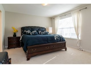 """Photo 11: 71 17097 64 Avenue in Surrey: Cloverdale BC Townhouse for sale in """"The Kentucky"""" (Cloverdale)  : MLS®# R2064911"""