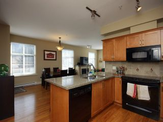Photo 2: # 205 1336 MAIN ST in Squamish: Downtown SQ Condo for sale : MLS®# V1109070