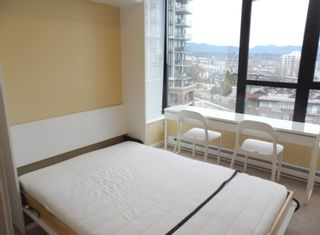 """Photo 17: 604 11 E ROYAL Avenue in New Westminster: Fraserview NW Condo for sale in """"VICTORIA HILL HIGHRISE RESIDENCES"""" : MLS®# R2043828"""