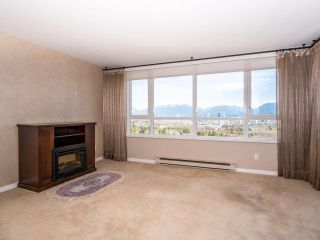 """Photo 2: 1707 6070 MCMURRAY Avenue in Burnaby: Forest Glen BS Condo for sale in """"LA MIRAGE"""" (Burnaby South)  : MLS®# R2443753"""