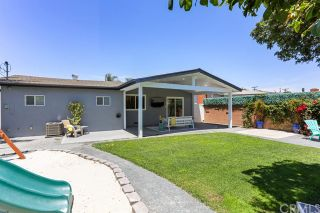 Photo 5: CLAIREMONT House for sale : 3 bedrooms : 7407 Salizar Street in San Diego