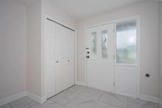 Photo 2: 3382 SAANICH Street in Abbotsford: Abbotsford West House for sale : MLS®# R2571712