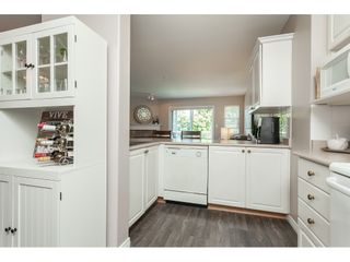 """Photo 10: 322 22150 48 Avenue in Langley: Murrayville Condo for sale in """"Eaglecrest"""" : MLS®# R2488936"""