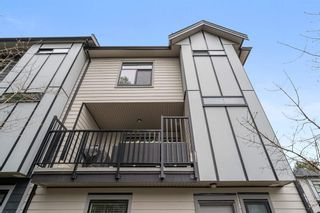 """Photo 14: 10 2427 164 Street in Surrey: Grandview Surrey Townhouse for sale in """"THE SMITH"""" (South Surrey White Rock)  : MLS®# R2565013"""