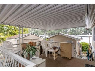 """Photo 4: 280 1840 160 Street in Surrey: King George Corridor Manufactured Home for sale in """"BREAKAWAY BAYS"""" (South Surrey White Rock)  : MLS®# R2517093"""