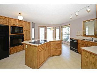 Photo 7: 13 DOUGLAS WOODS Manor SE in CALGARY: Douglasdale Estates Residential Detached Single Family for sale (Calgary)  : MLS®# C3595448