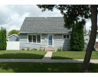 Photo 1: 753 STEWART ST in WINNIPEG: Westwood / Crestview Single Family Detached for sale (West Winnipeg)  : MLS®# 2914268