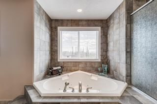 Photo 34: 106 Rockbluff Close NW in Calgary: Rocky Ridge Detached for sale : MLS®# A1111003