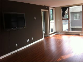 """Photo 4: 305 1633 W 8TH Avenue in Vancouver: Fairview VW Condo for sale in """"FIRCREST"""" (Vancouver West)  : MLS®# V1032090"""