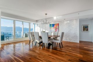 """Photo 3: 3706 1011 W CORDOVA Street in Vancouver: Coal Harbour Condo for sale in """"Fairmont Residences"""" (Vancouver West)  : MLS®# R2597737"""