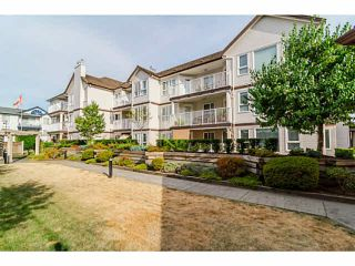 """Photo 17: 101 17730 58A Avenue in Surrey: Cloverdale BC Condo for sale in """"Derby Downs"""" (Cloverdale)  : MLS®# F1450852"""