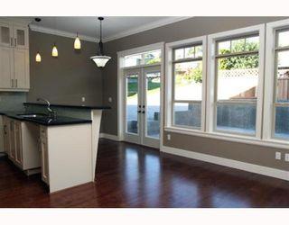 "Photo 4: 390 55TH Street in Tsawwassen: Pebble Hill 1/2 Duplex for sale in ""PEBBLE HILL"" : MLS®# V807633"