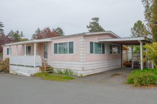 Photo 2: 37 1393 Craigflower Rd in : VR View Royal Manufactured Home for sale (View Royal)  : MLS®# 874706