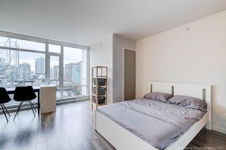 """Photo 12: 905 161 W GEORGIA Street in Vancouver: Downtown VW Condo for sale in """"COSMO"""" (Vancouver West)  : MLS®# R2573406"""