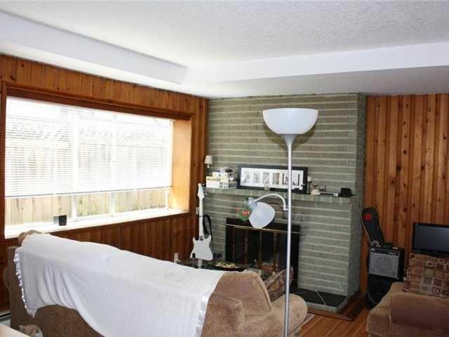 Photo 7: Photos: 92 GLOVER AV in : GlenBrooke North House for sale : MLS®# V955969