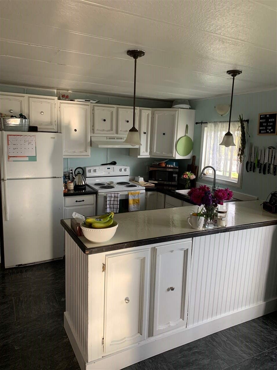 """Photo 5: Photos: 78 8420 ALASKA Road in Fort St. John: Fort St. John - City SE Manufactured Home for sale in """"PEACE COUNTRY"""" (Fort St. John (Zone 60))  : MLS®# R2495486"""