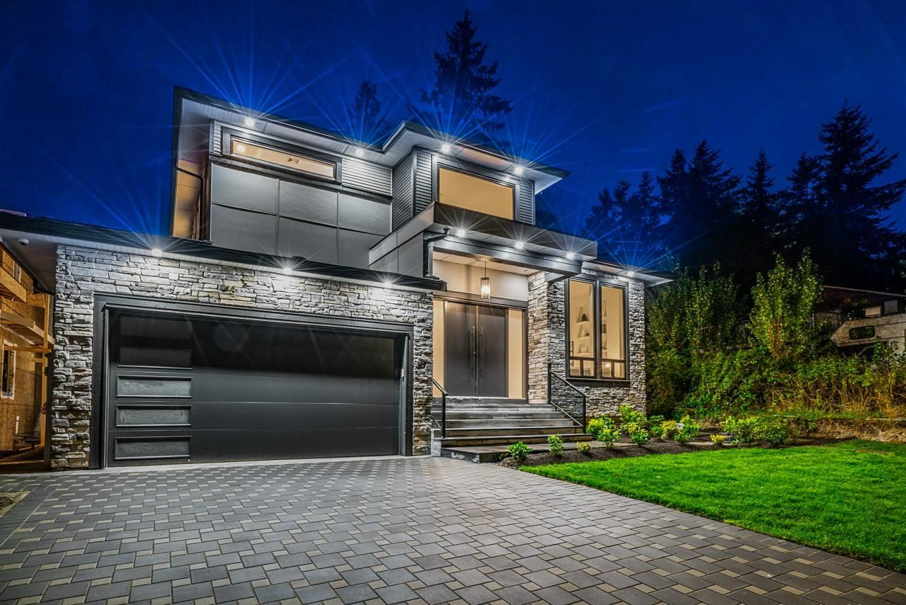 Main Photo: 17030 79A Avenue in Surrey: Fleetwood Tynehead House for sale : MLS®# R2616917