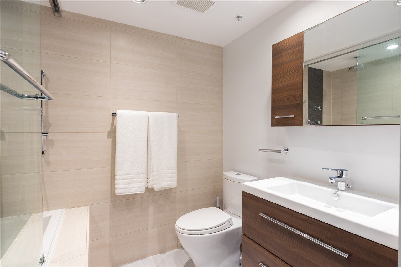 """Photo 16: Photos: 2101 867 HAMILTON Street in Vancouver: Downtown VW Condo for sale in """"Jardine's Lookout"""" (Vancouver West)  : MLS®# R2569511"""