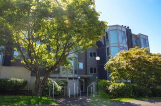 """Photo 1: 207 2238 ETON Street in Vancouver: Hastings Condo for sale in """"ETON HEIGHTS"""" (Vancouver East)  : MLS®# R2454959"""