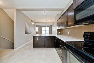 Photo 3: 172 NEW BRIGHTON PT SE in Calgary: New Brighton House for sale : MLS®# C4142859