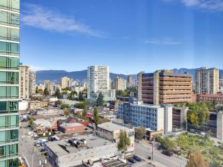 """Photo 10: 1304 1238 BURRARD Street in Vancouver: Downtown VW Condo for sale in """"ALTADENA"""" (Vancouver West)  : MLS®# R2620701"""