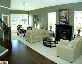 Photo 3: 35926 Regal Parkway in Abbotsford: Abbotsford East House for sale : MLS®# F1004461