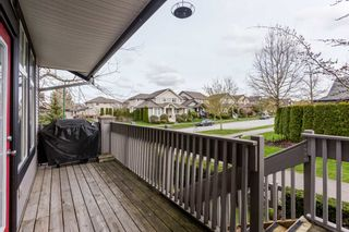 """Photo 43: 1 18828 69 Avenue in Surrey: Clayton Townhouse for sale in """"Starpoint"""" (Cloverdale)  : MLS®# R2255825"""
