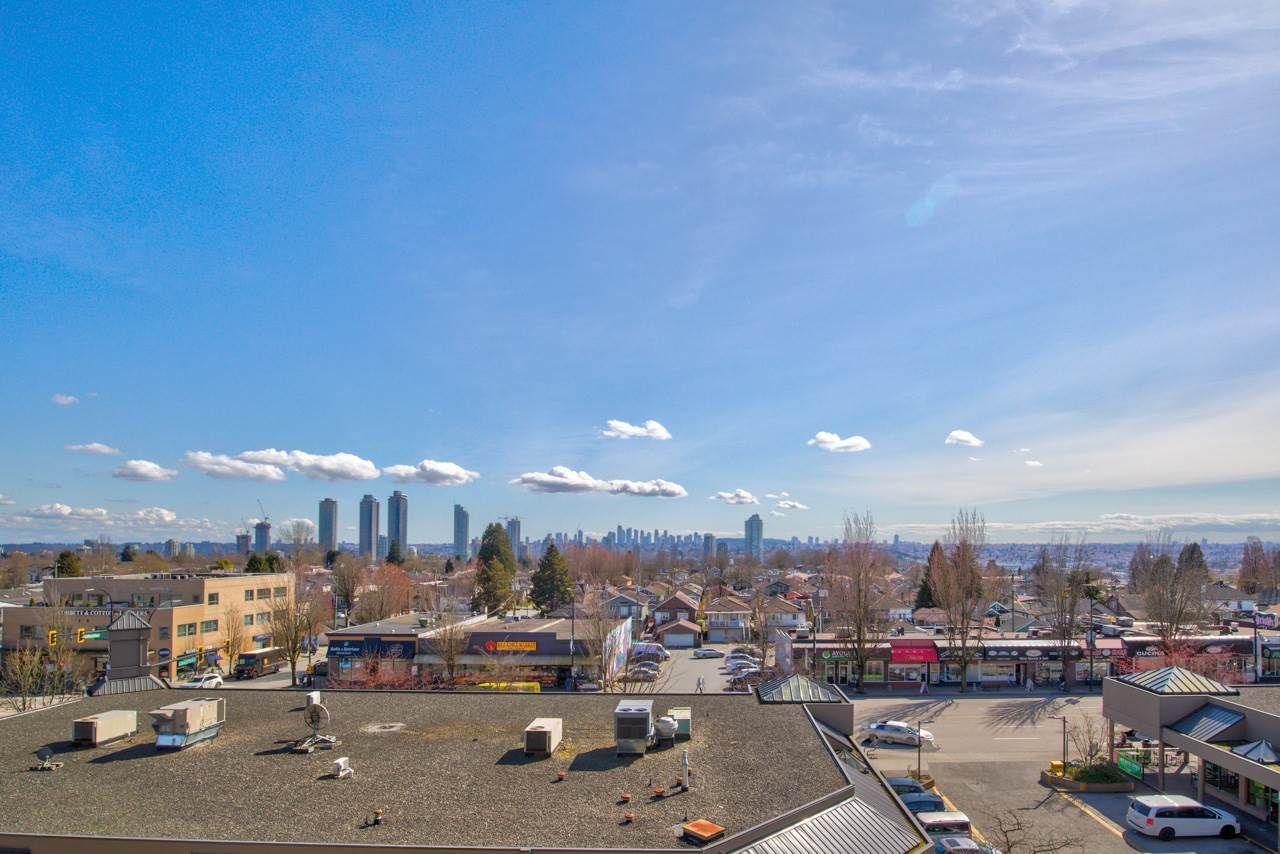 """Main Photo: 501 4160 ALBERT Street in Burnaby: Vancouver Heights Condo for sale in """"Carleton Terrace"""" (Burnaby North)  : MLS®# R2562019"""