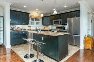 Photo 3: 1609 Cypress Ave in : CV Comox (Town of) House for sale (Comox Valley)  : MLS®# 876902