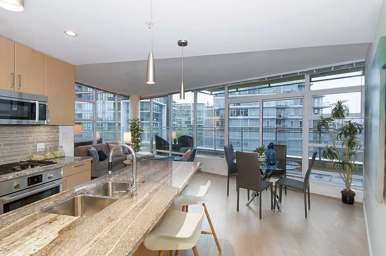 """Photo 4: Photos: 1101 88 W 1ST Avenue in Vancouver: False Creek Condo for sale in """"THE ONE"""" (Vancouver West)  : MLS®# R2234746"""