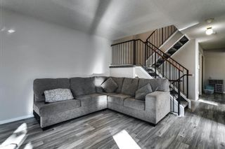 Photo 15: 31 Stradwick Place SW in Calgary: Strathcona Park Semi Detached for sale : MLS®# A1091744