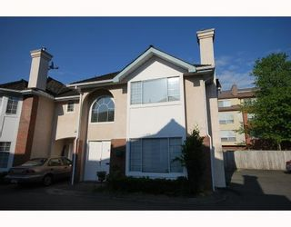 Photo 1: 10 8280 BENNETT Road in Richmond: Brighouse South Townhouse for sale : MLS®# V772209