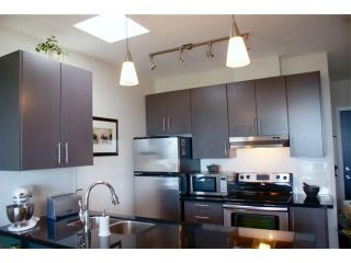 """Photo 3: 407 5211 GRIMMER Street in Burnaby: Metrotown Condo for sale in """"OAKTERRA"""" (Burnaby South)  : MLS®# V895786"""