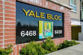 "Photo 2: 201 6438 195A Street in Surrey: Clayton Condo for sale in ""Yale Bloc 2"" (Cloverdale)  : MLS®# R2424572"