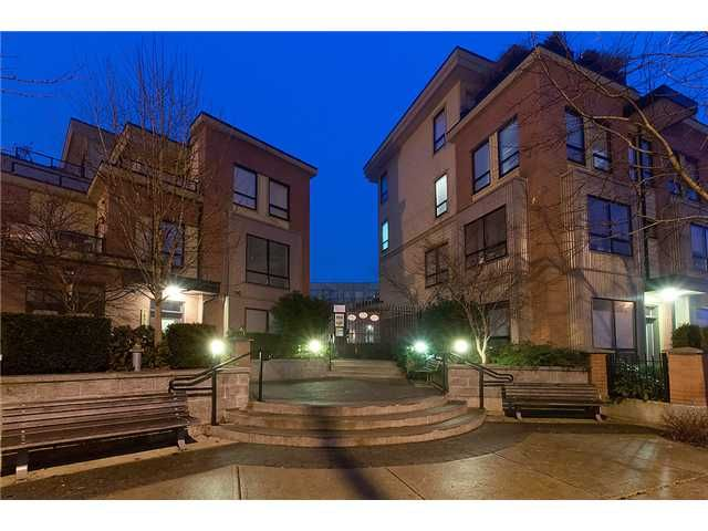 Main Photo: 117 1859 STAINSBURY Avenue in Vancouver: Victoria VE Condo for sale (Vancouver East)  : MLS®# V987183