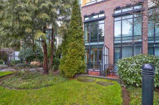 Photo 17: 111 10 RENAISSANCE SQUARE in New Westminster: Quay Condo for sale : MLS®# R2431581