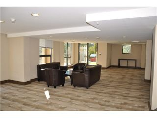 """Photo 15: 702 7225 ACORN Avenue in Burnaby: Highgate Condo for sale in """"AXIS"""" (Burnaby South)  : MLS®# V1087439"""