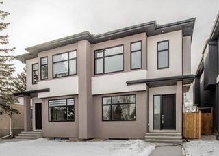 Photo 1: 509 24 Avenue NE in Calgary: Winston Heights/Mountview Semi Detached for sale : MLS®# C4279746