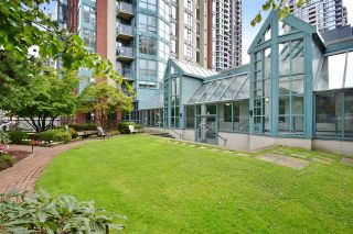 "Photo 19: 706 939 HOMER Street in Vancouver: Yaletown Condo for sale in ""Pinnacle"" (Vancouver West)  : MLS®# R2082268"