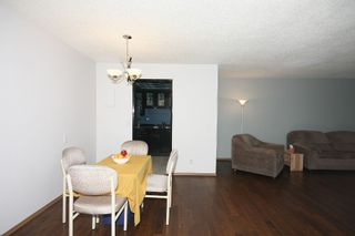 Photo 8: 301 - 3747 42 Street NW in Calgary: Varsity Village Condo for sale : MLS®# C3548115
