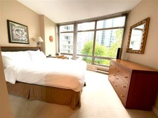 """Photo 12: 405 1200 ALBERNI Street in Vancouver: West End VW Condo for sale in """"Palisades"""" (Vancouver West)  : MLS®# R2612011"""