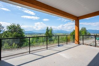 """Photo 5: 68 6262 REXFORD Drive in Chilliwack: Promontory House for sale in """"The Perch"""" (Sardis)  : MLS®# R2603245"""