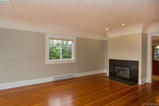 Photo 3: 540 Cornwall St in VICTORIA: Vi Fairfield West House for sale (Victoria)  : MLS®# 772591