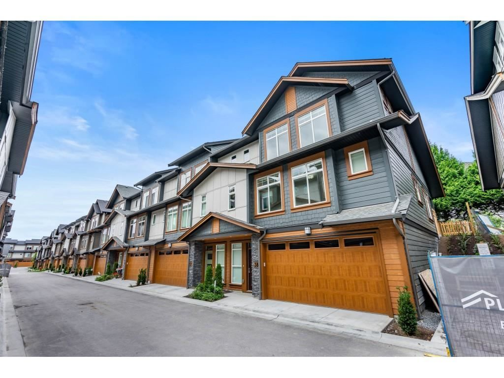 Main Photo: 38 17033 FRASER HIGHWAY in Surrey: Fleetwood Tynehead Townhouse for sale : MLS®# R2589874