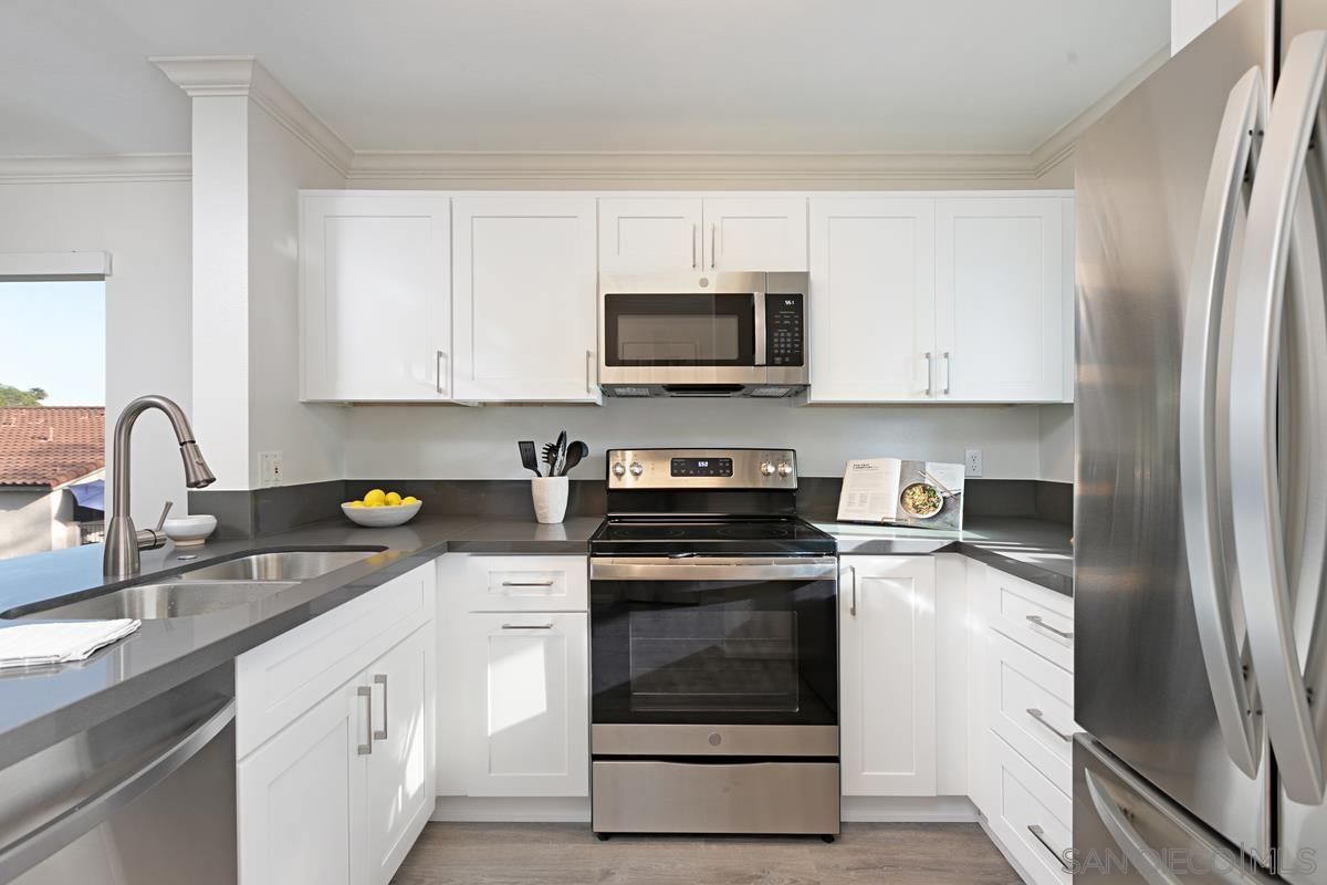 Main Photo: UNIVERSITY CITY Condo for sale : 2 bedrooms : 7555 Charmant Dr. #1102 in San Diego