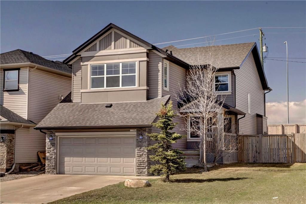 Main Photo: 205 CHAPALINA Mews SE in Calgary: Chaparral Detached for sale : MLS®# C4241591