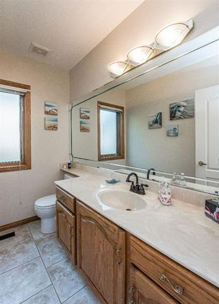 Photo 19: 519 Woodhaven Bay SW in Calgary: Woodbine Detached for sale : MLS®# A1130696
