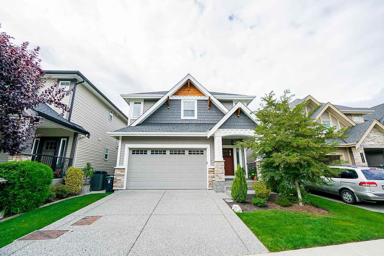 """Main Photo: 21071 78B Avenue in Langley: Willoughby Heights House for sale in """"Yorkson South"""" : MLS®# R2474012"""