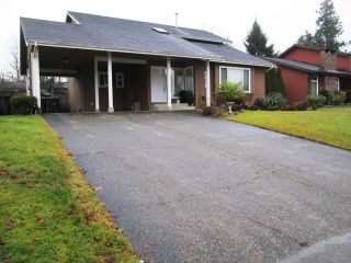 Photo 2: 6318 180A Street in Cloverdale: Home for sale : MLS®# f1400501